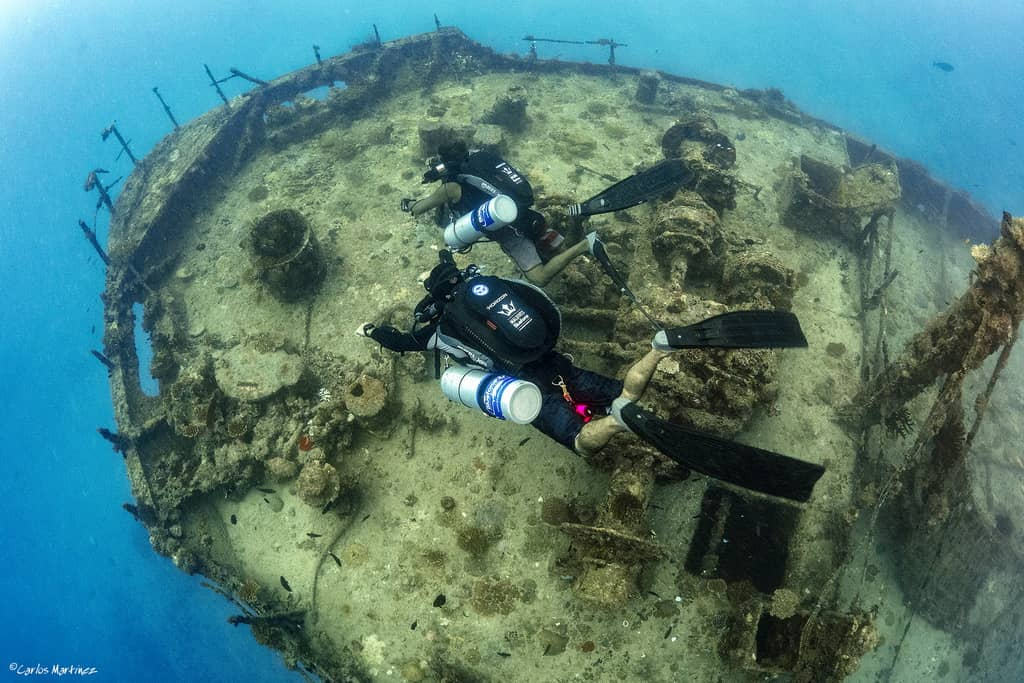 Mares Horizon wreck diving in the Maldives