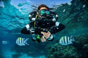 mares horizon rebreather-diver-red-sea